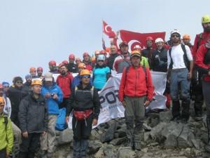 30 Ağustos Zafer Tırmanışı'nda Erdal Özbek temsil etti