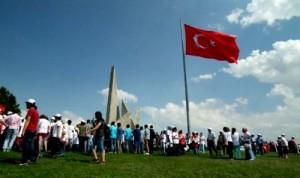 15 bin genç Zafertepeye çıktı
