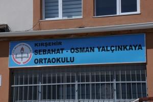 Kırşehir Belediyesi okul çevrelerini unutmadı