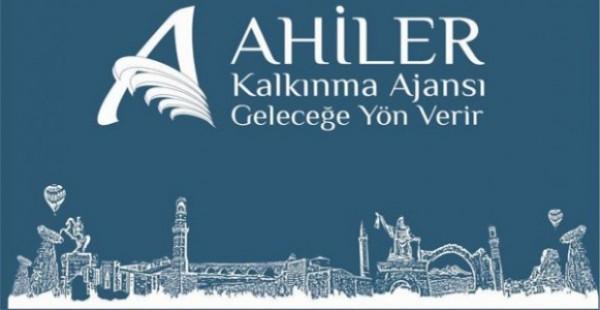 """AHİKA'dan """"Kırşehir'de Dezavantajlı Gruplara Umut Doğuyor Projesi""""ne destek"""
