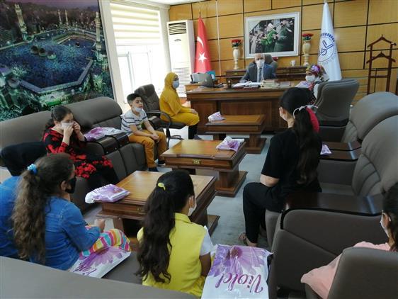 Kurban Bayramı'nda yetim çocuklar sevindirildi