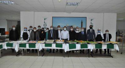 Kırşehir'de sağlık çalışanlarına gıda desteği