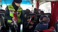 Kadın Jandarma Personeli Karanfil  ve Broşür Dağıttı