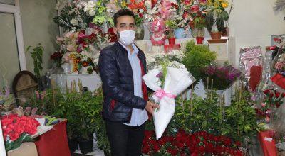 Çiçekçilerde Anneler Günü Yoğunluğu