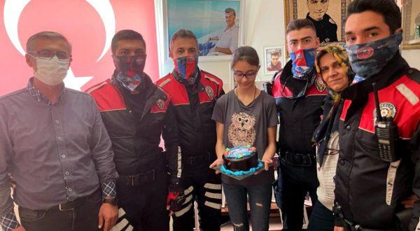 Kırşehir'de polis ekiplerinden şehit kardeşine doğum günü sürprizi