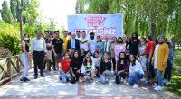 YKS'ye girecek öğrencilere moral şenliği düzenledi