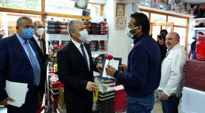 """Kırşehir'de ilin Ahisi """"Ahi duası"""" ile ödülünü aldı"""