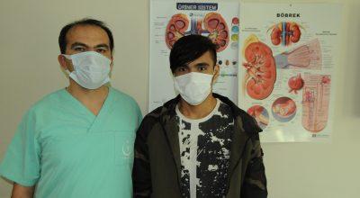 Kırşehir'de hastanın böbreğindeki taşlar kapalı ameliyatla çıkarıldı