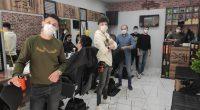 Krize Rağmen Vatandaşın Temel İhtiyacını Karşılıyorlar