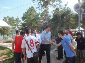 Sinan Aksu Hirfanlı Kampı'nı ziyaret etti