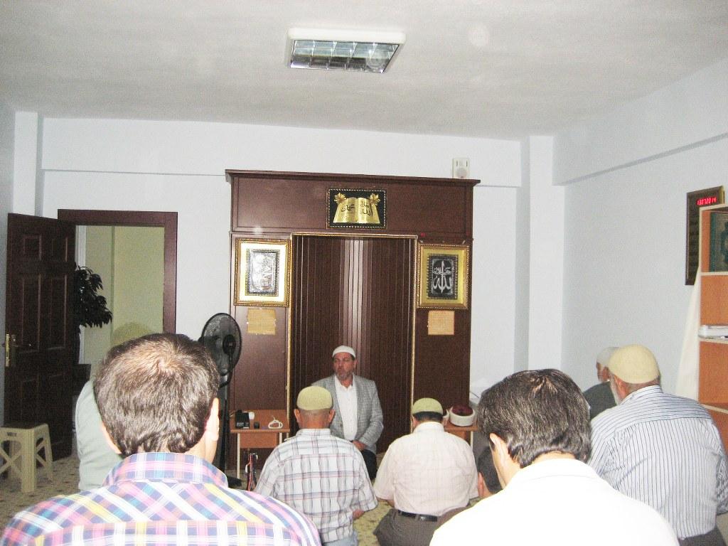 İl müftüsü Mehmet Şahin Huzurevi'ni ziyaret etti