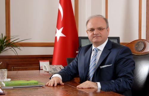 """Özdemir Çakacak; """"Gazeteciler ve Basın Bayramı'nı kutluyorum"""""""