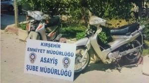 kirsehirde_oto_ve_motorsiklet_hirsizliklarinin_suphelisi_5_cocuk_yakalandi_h6624