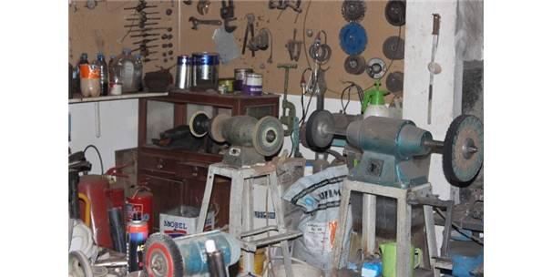 Kırşehir'de silah tamircileri Trag Yarışları'na hazırlanıyor