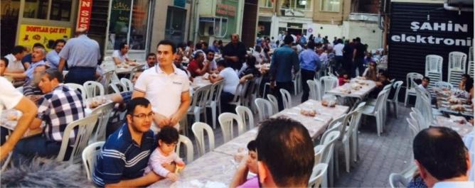 TÜRKAV'dan iftar yemeği